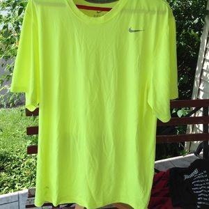 Mens Nike shirt.